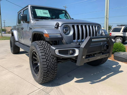 2020 Lifted Jeep Gladiator Silver