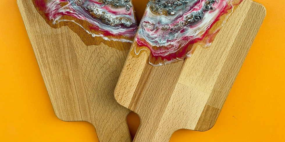 Studio-Brisbane North- Create x 2 Mini Resin Crystal Geode Cheeseboards!