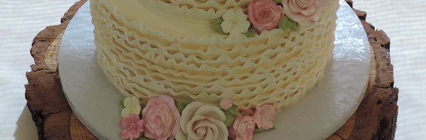 wedding cakes, birthday cakes, custom cakes, specialty cakes, buttercream, fondant