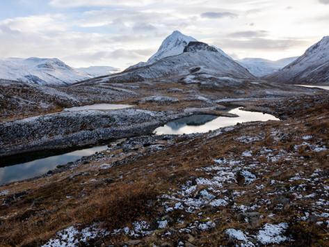 Hraundrangi and other mountains