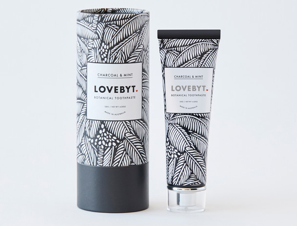 LOVEBYT natural tooth paste charcoal mint