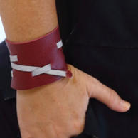Bracelete couro grande