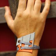 Bracelete bicolor couro