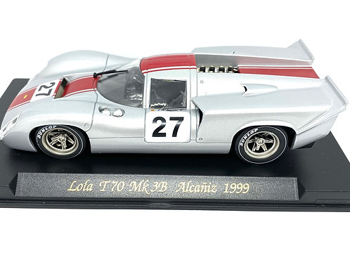 1:32 scale Fly Lola T70 Mk 3B Slot Caras raced at Alcaniz in 1999
