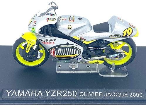 1:24 scale Altaya Yamaha YZR 250 GP Bike - Olivier Jacque 2000 Replica Model