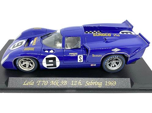 1:32 scale Fly Lola T70 Mk 3B Slot Car M Donohue 12h Sebring 1969 Slot Car Model