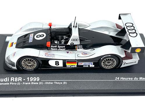 1:43 scale Altaya Audi R8R Sports Car, Pirro, Biela & Theys Le Mans 1999 Model