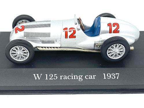 1:43 scale De Agostini Mercedes Benz W125 Race Car - R Caracciola 1937 Car