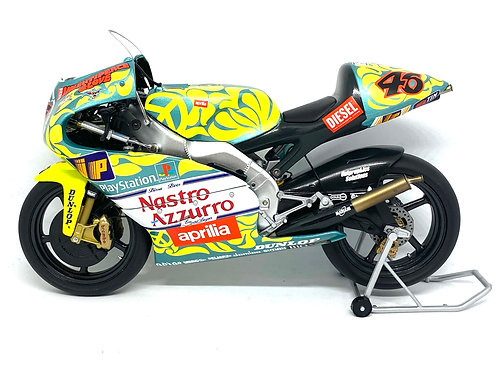 Boxed 1:12 scale Minichamps Aprilia RSW 250 GP Bike - V Rossi Mugello 1999 Model