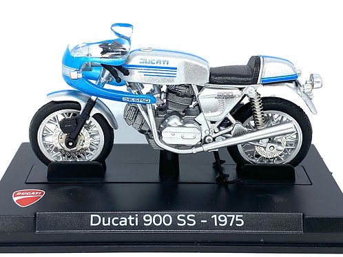 1:24 scale Boxed Altaya Ducati 900 SS Road Bike Diecast Model from 1975