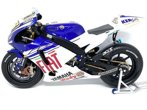 1:12 scale Minichamps Yamaha YZR M1 Moto GP Bike - V Rossi Indianapolis 2008