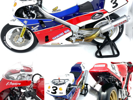 1/12 scale Diecast Honda RC30 Superbike Models