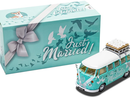 Volkswagen Campervan 'Just Married' by Corgi Models