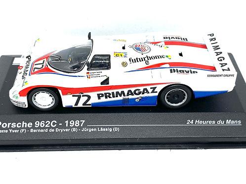 1:43 scale Altaya Porsche 962C Sports Car Yver, De Dryver & Lassig 1987 Model