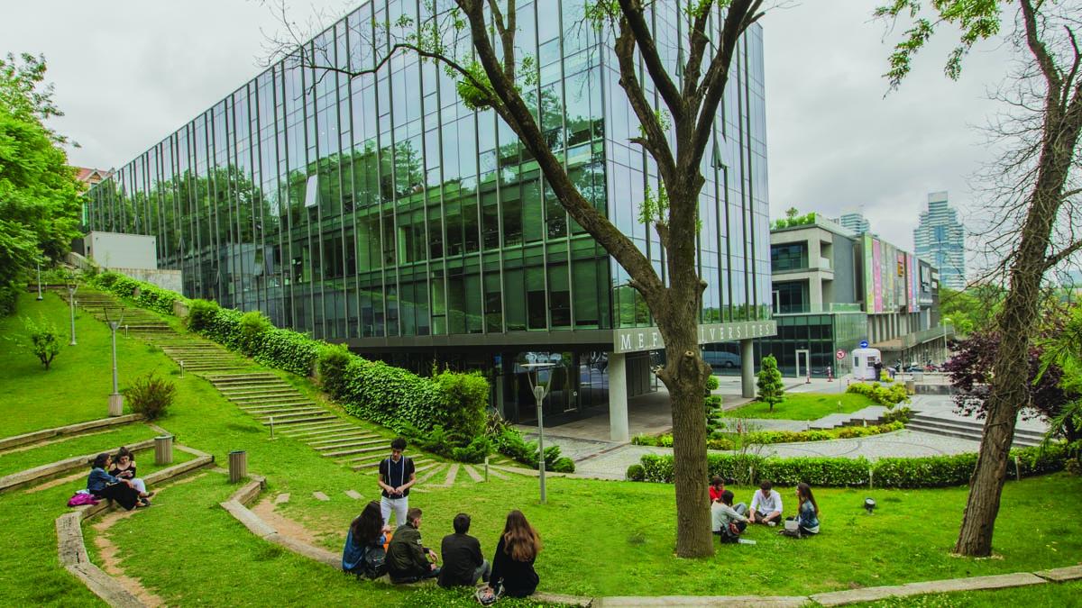 mef_üniversitesi_galeri_yeni_1