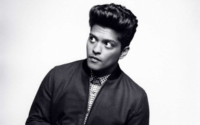 "Bruno Mars estrenó el vídeo de ""Versace On The Floor"""
