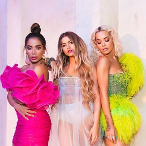 Sofía Reyes junto a Rita Ora y Anitta
