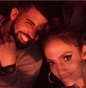 Drake fue a ver a Jeniffer López a un concierto.