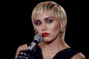 'Midnight Sky', lo nuevo de Miley Cyrus