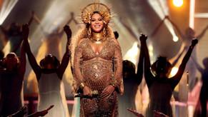 Beyoncé estrenó los videos de Sandcastles y Love Drought de su álbum Lemonade