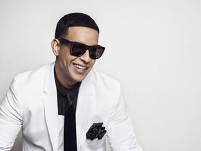 """Daddy Yankee presentó su nueva canción """"Hula Hoop"""""""