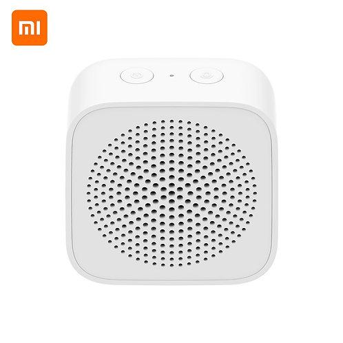 Портативная колонка Xiaomi Mi Bluetooth Speaker Portable (белый)