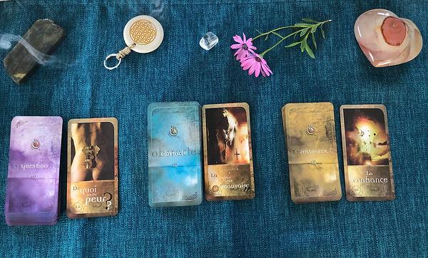 Théra Una : tirage d'évolution personnelle et de guérison avec l'oracle les chemins de Qumran