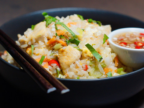 Khao Pad Gai - gebratener Reis mit Hühnchen