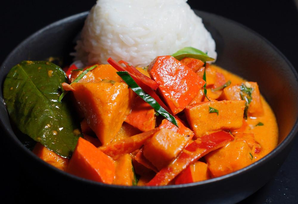 Rotes Kürbis-Curry aus Thailand – Gaeng Fak Thong