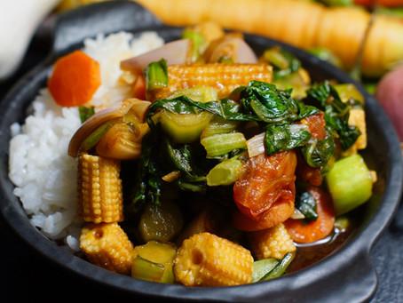 Pad Pak Ruam  - gebratenes gemischtes Gemüse