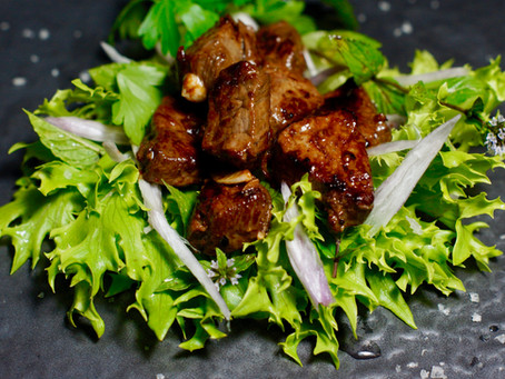 Lok Lak - Kambodschanisches Rindfleisch mit Kampot Pfeffer