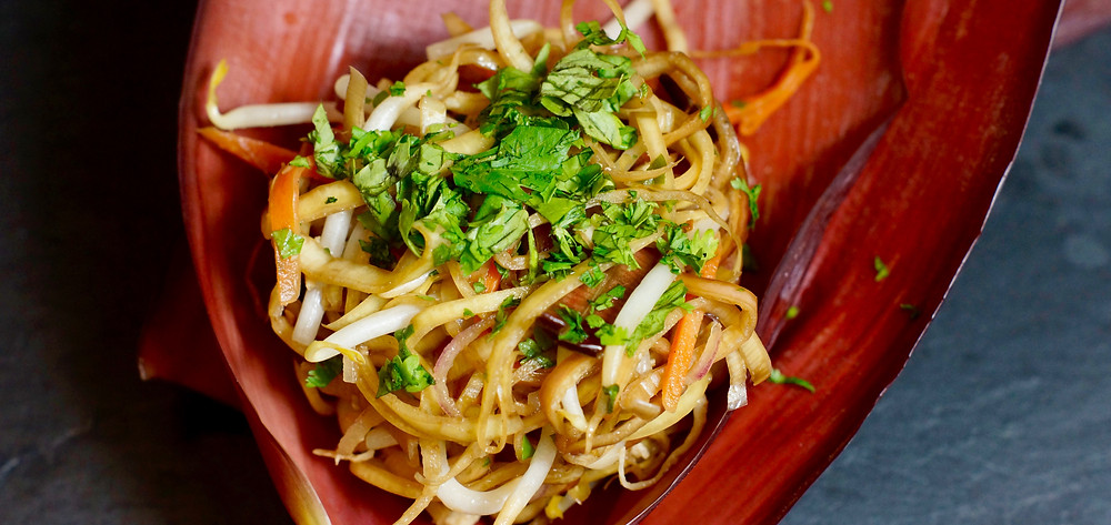 Vietnamesischer Bananenbelütensalat cooking is a journey
