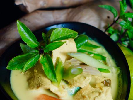 Gaeng Gari Gai - Gelbes Thai Curry mit Hühnchen