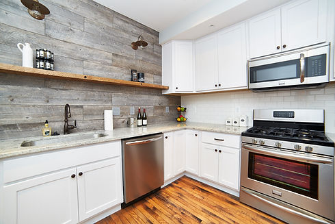 Reclaimed Wood Compliments Bella White b