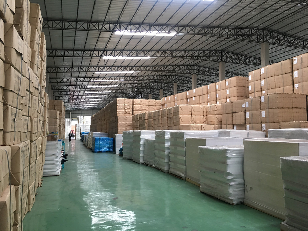 Warehouse with dropshipping winning product stocks