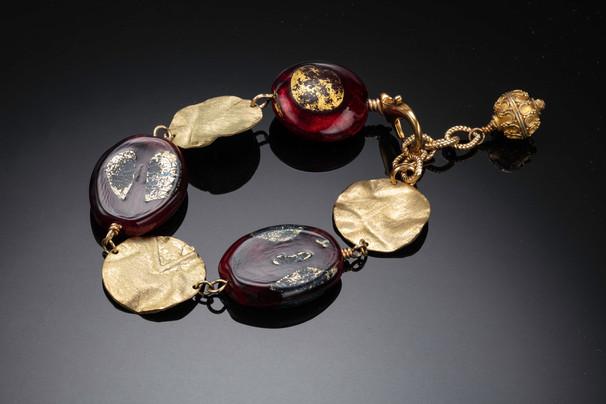 Venetian glass and gold  filled bracelet.jpg