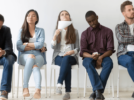 7 Extra-ordinary Psychological tips to understand body language of people