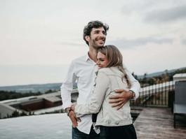 10 absorbing topics to talk about for a happy relationship in 2020