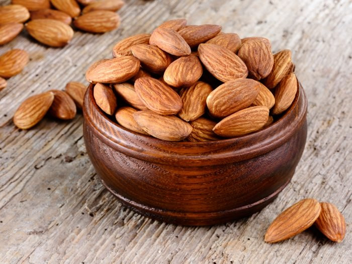 almonds provides proteins, almonds everyday