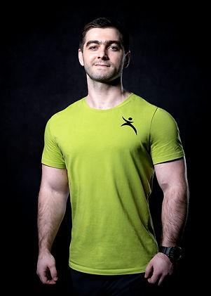 Тлигуров Алим, тренер клуба MAX-FIT в Москве