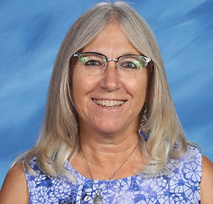 Julie-Plummer-Fourth-Grade.jpg