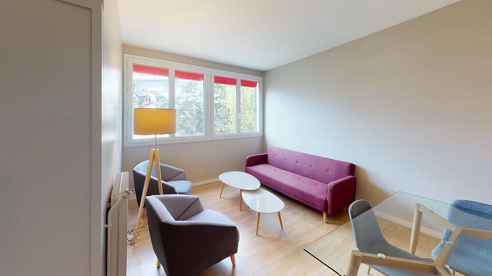 Reference-4586-Living-Room.jpg