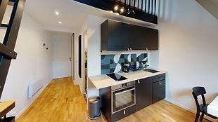 Reference-7Chateau-3eme-Kitchen.jpg