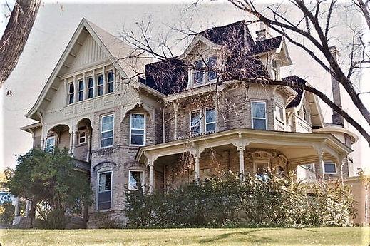 Lovejoy Mansion at 220 ST LAWRENCE AVE.j