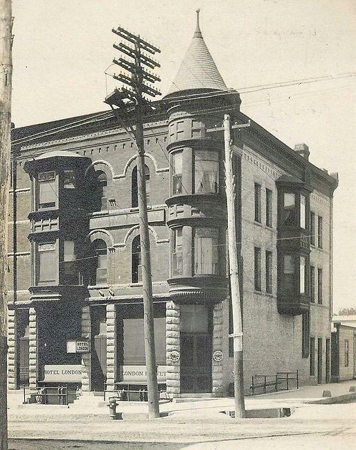 1908 Hotel London.jpg