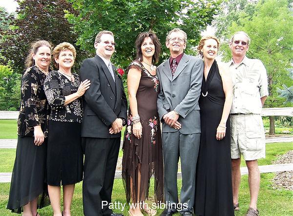 Patty with siblings 2006.jpg