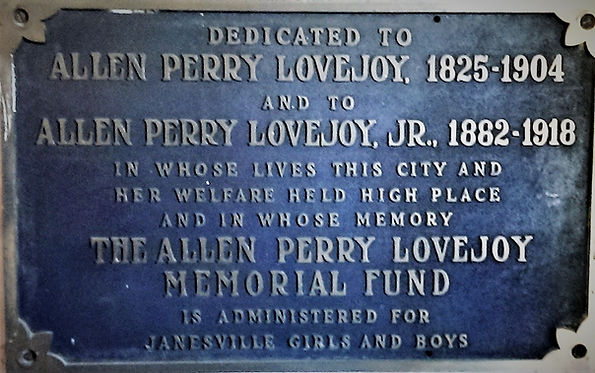 plaque on the home.jpg