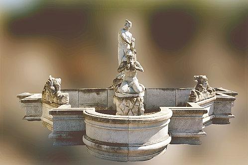 Prachtig fontein met mannelijke beelden