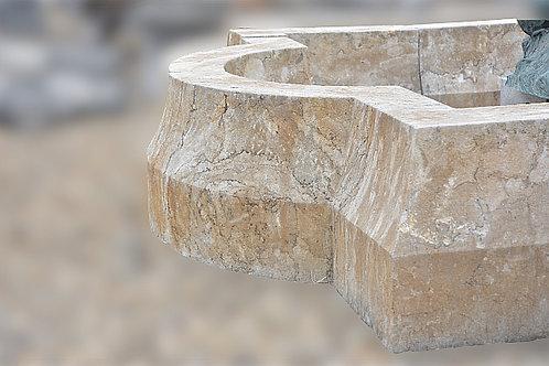 Fonteinrand in natuursteen