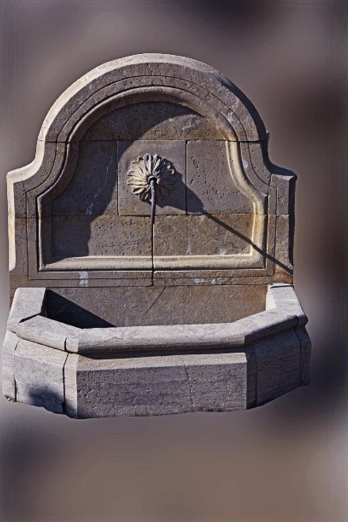 Wandfontein in Blauwe steen